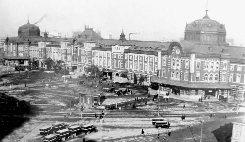 1200px-Tokyostation_outside-large-1914